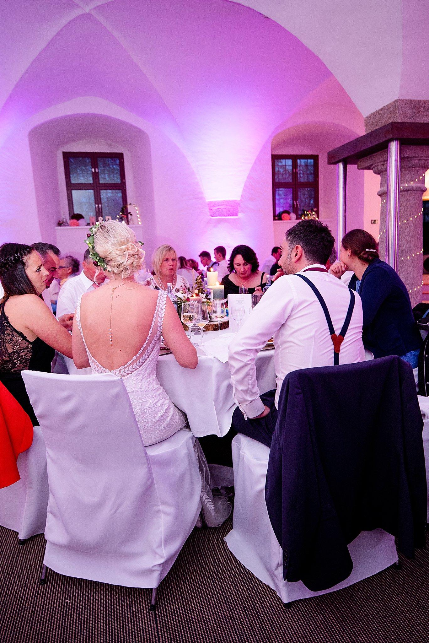Hochzeit-von-Marina-Dominik-auf-Burg-Wernberg-und-Schloss-Friedrichsburg-00001