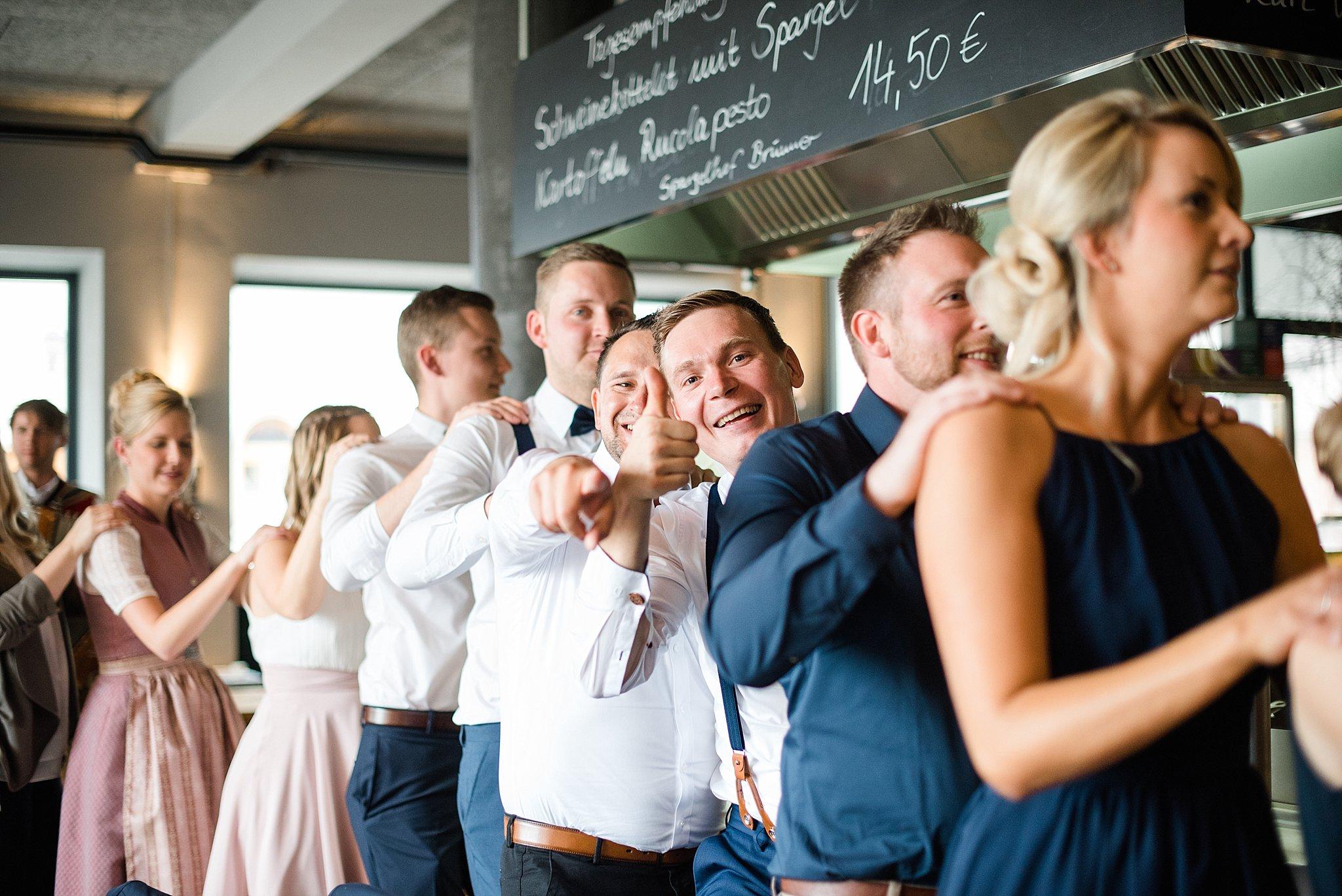 Hochzeit-von-Marina-Dominik-auf-Burg-Wernberg-und-Schloss-Friedrichsburg-00010