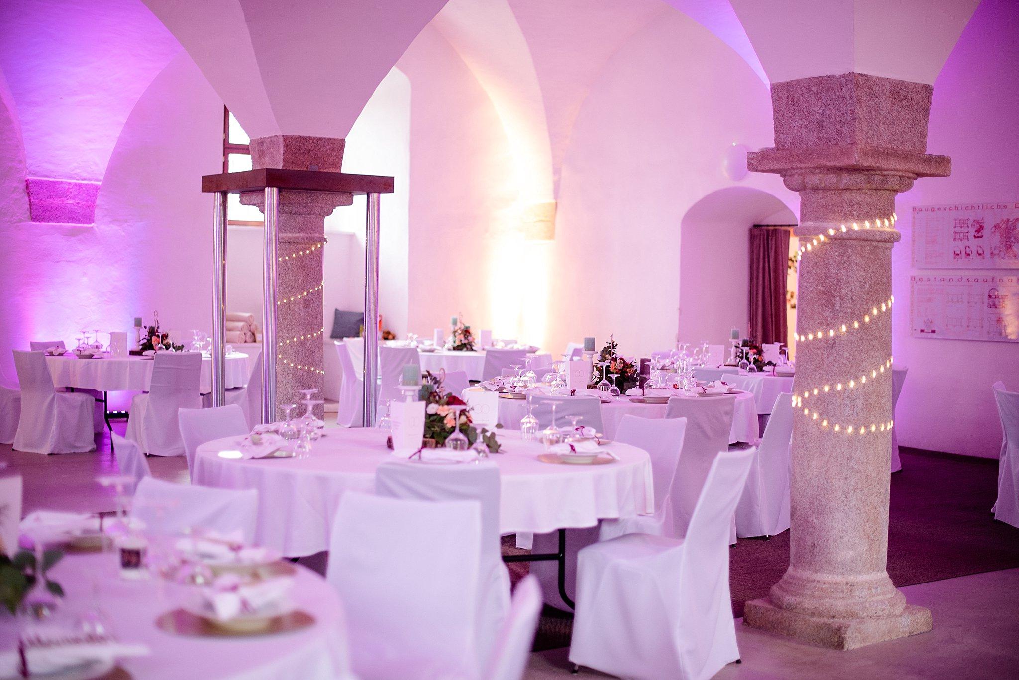 Hochzeit-von-Marina-Dominik-auf-Burg-Wernberg-und-Schloss-Friedrichsburg-00016