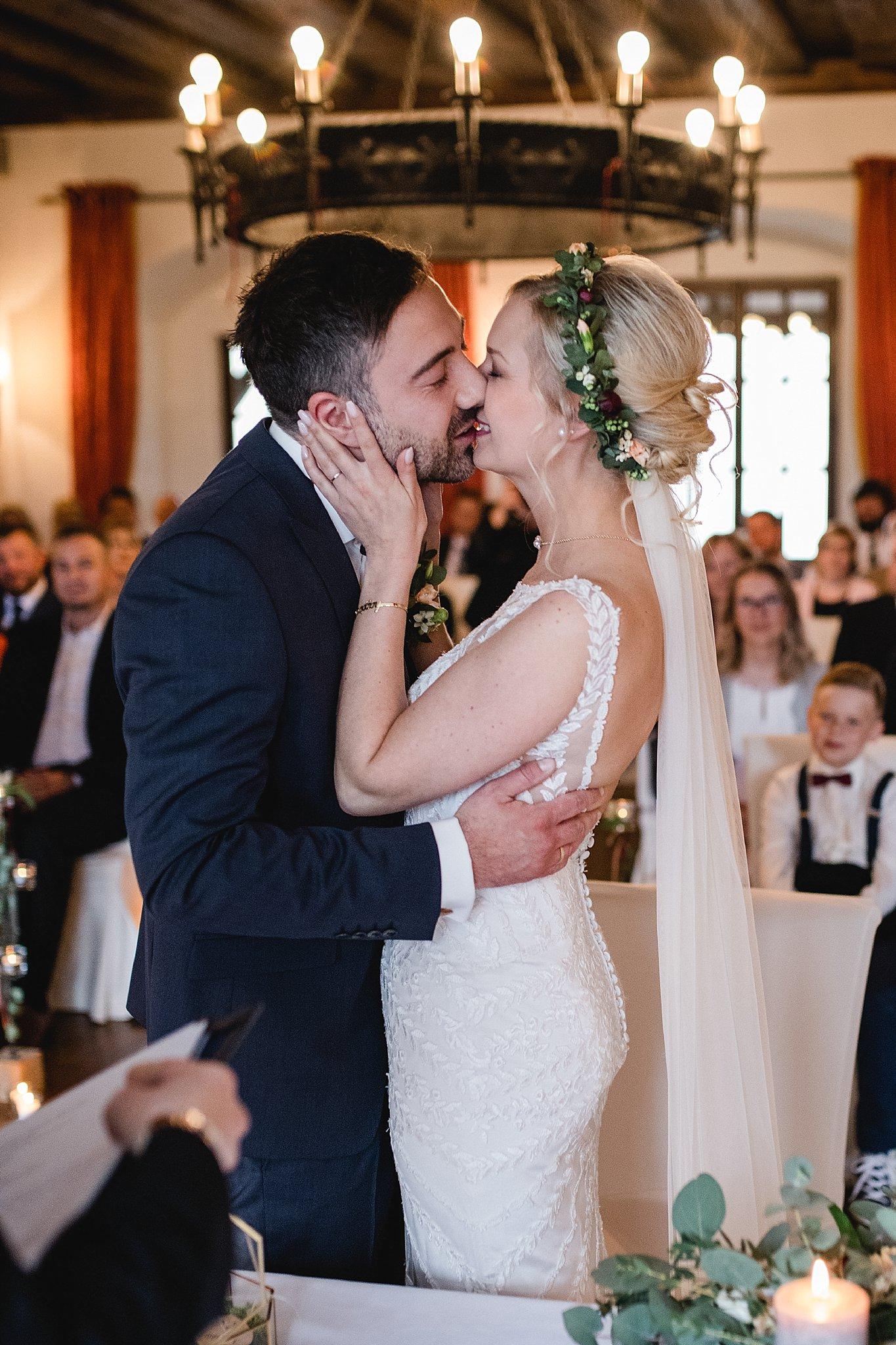 Hochzeit-von-Marina-Dominik-auf-Burg-Wernberg-und-Schloss-Friedrichsburg-00034