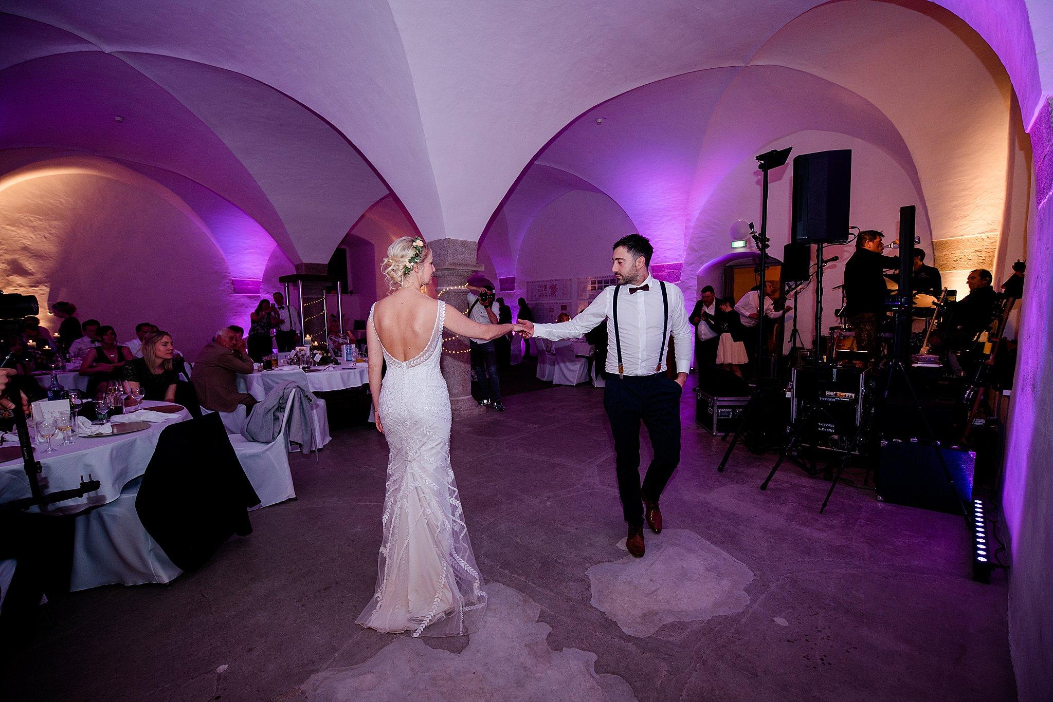Hochzeit-von-Marina-Dominik-auf-Burg-Wernberg-und-Schloss-Friedrichsburg-00048