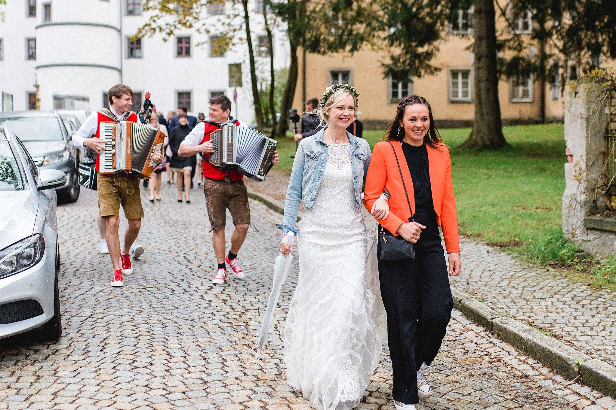 Hochzeit-von-Marina-Dominik-auf-Burg-Wernberg-und-Schloss-Friedrichsburg-00074