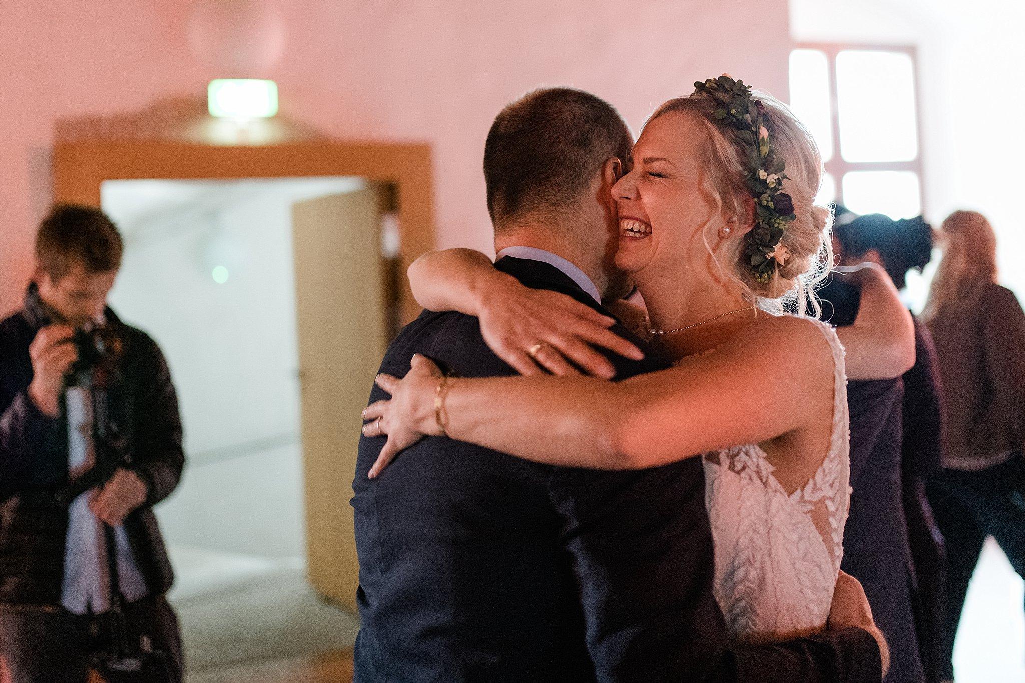 Hochzeit-von-Marina-Dominik-auf-Burg-Wernberg-und-Schloss-Friedrichsburg-00076